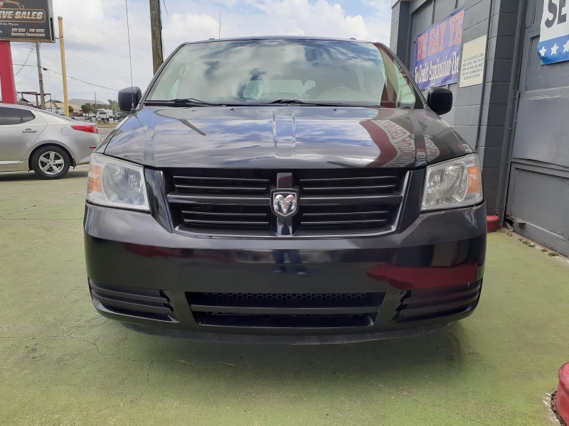 Dodge Grand Caravan 2010 price $900 Down