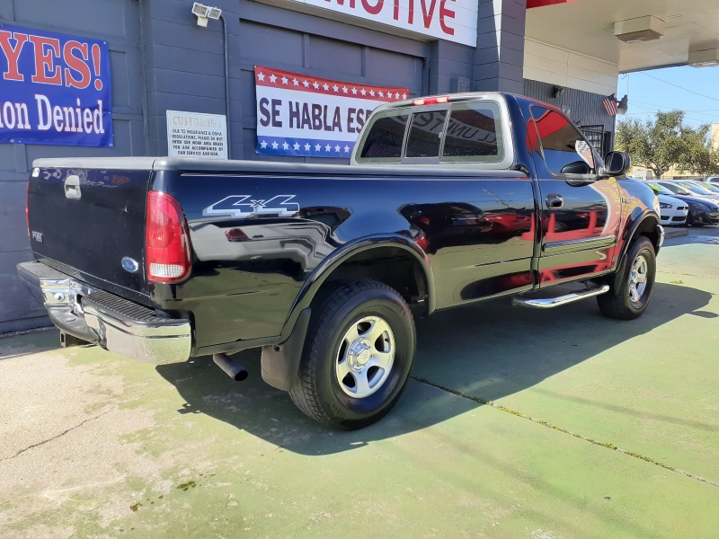 Ford F-150 2000 price $4,900