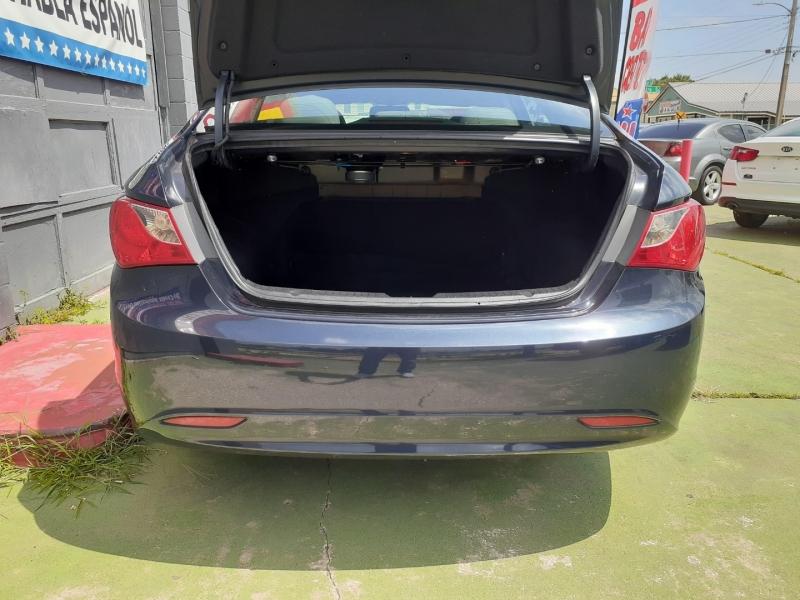 Hyundai Sonata 2011 price $1,800 Down