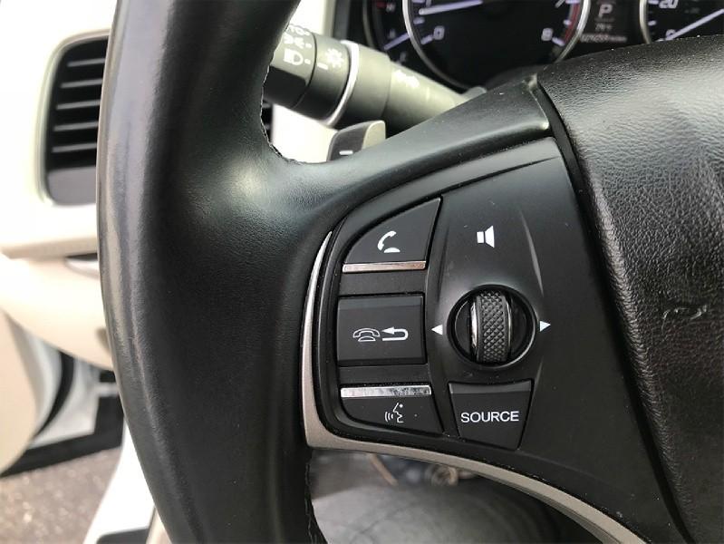 Acura RLX 2015 price $22,977