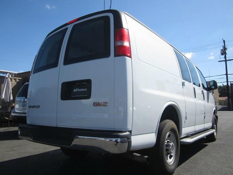 GMC Savana Cargo Van 2016 price $18,777