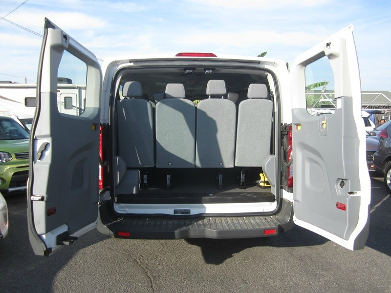 Ford Transit Wagon 2017 price $18,977