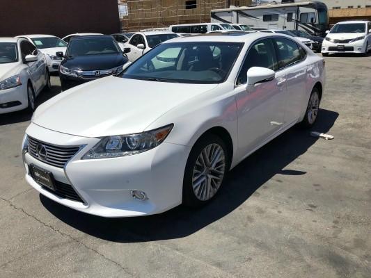 Lexus ES 350 2013 price $17,777