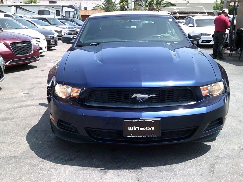 Ford Mustang 2010 price $8,777