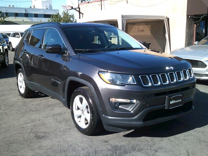 Jeep Compass 2018 price $15,977