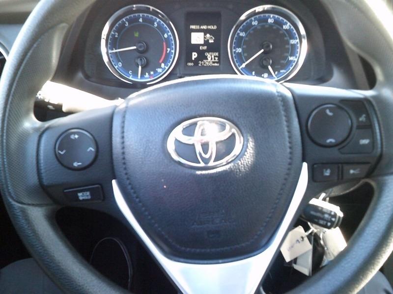 Toyota Corolla 2018 price $13,977