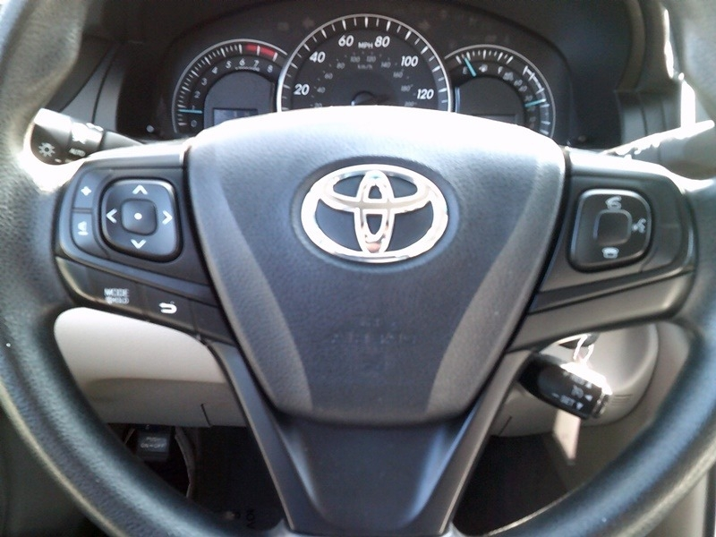 Toyota Camry 2015 price $12,977