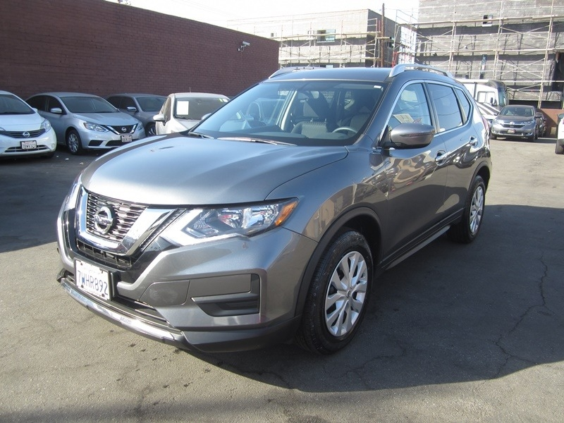 Nissan Rogue 2017 price $13,977