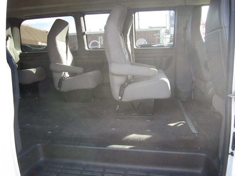 Chevrolet Express Passenger 2016 price $13,977