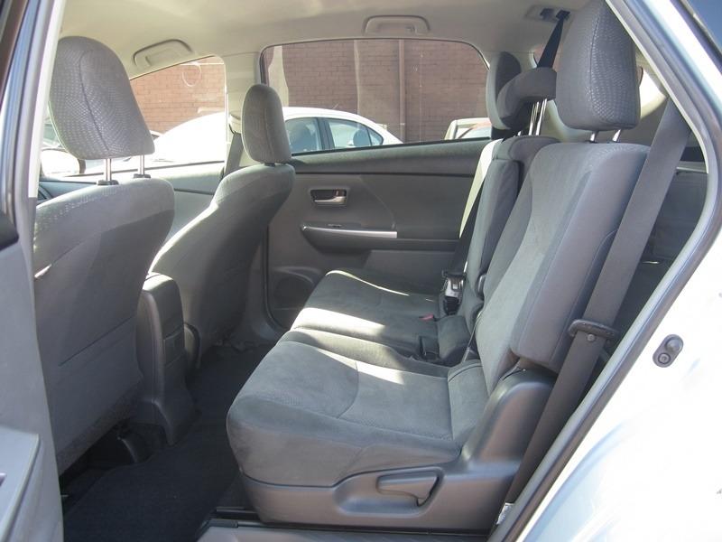 Toyota Prius v 2014 price $10,977