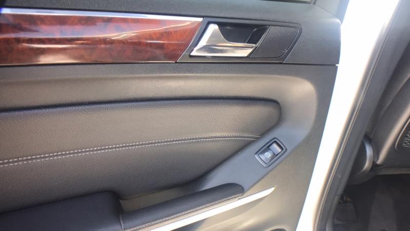 Mercedes-Benz GL-Class 2007 price $12,450