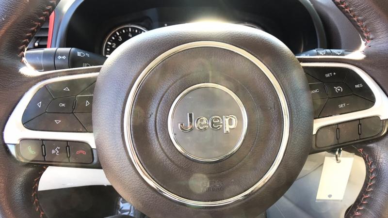 Jeep Renegade 2015 price $15,550
