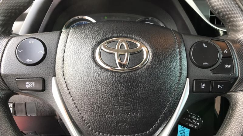 Toyota Corolla 2017 price $14,450