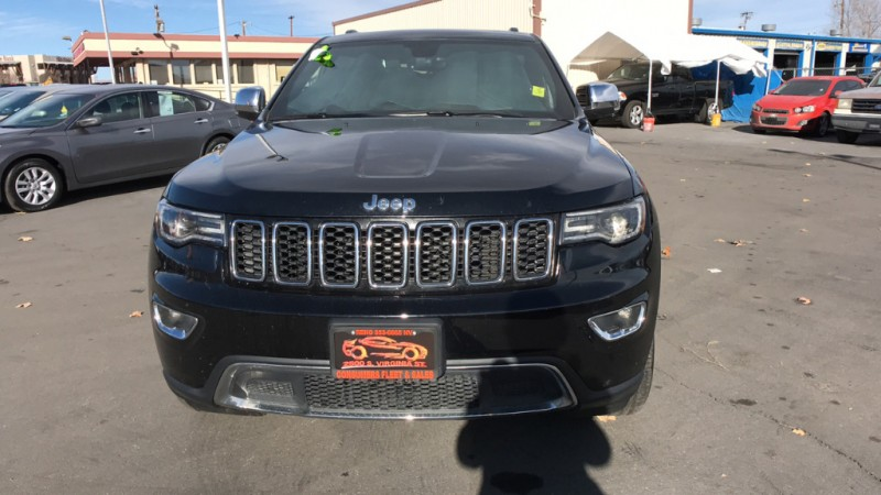 Jeep Grand Cherokee 2018 price $30,995