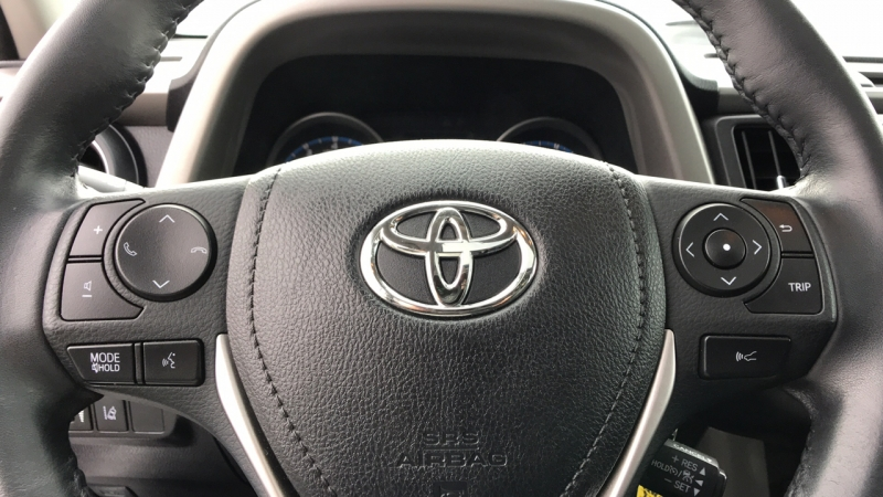 Toyota RAV4 2018 price $26,775