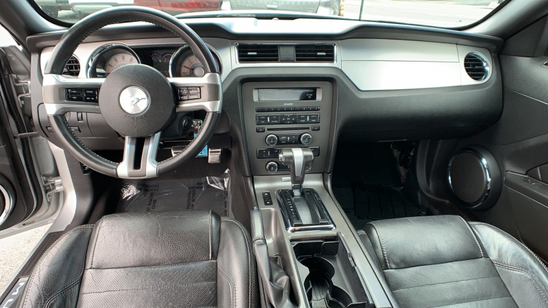 Ford Mustang 2010 price $10,349