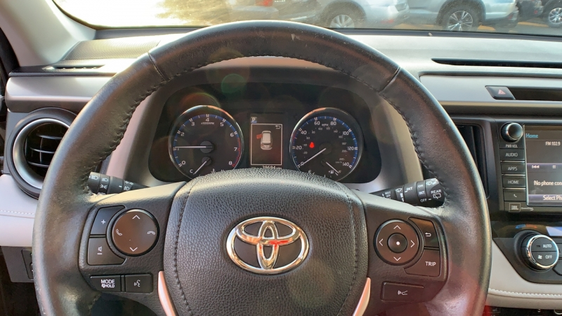 Toyota RAV4 2016 price $26,775