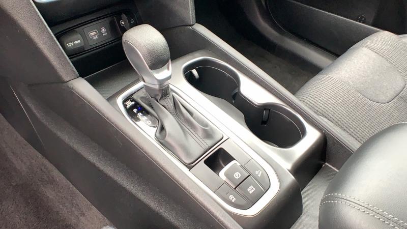 Hyundai Santa Fe 2019 price $26,995