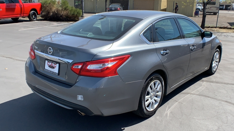 Nissan Altima 2016 price $14,950