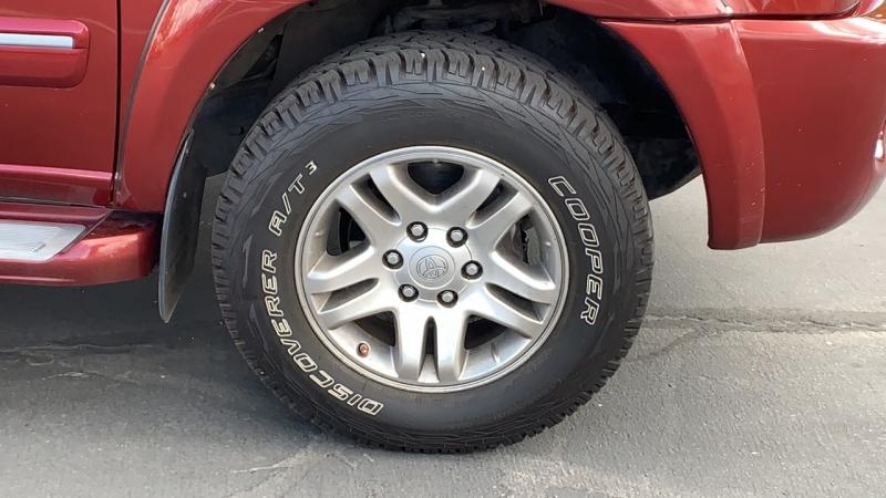 Toyota Sequoia 2007 price $10,999