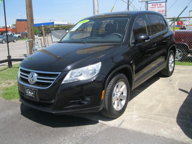 Volkswagen Tiguan 2009 price $6,500 Cash