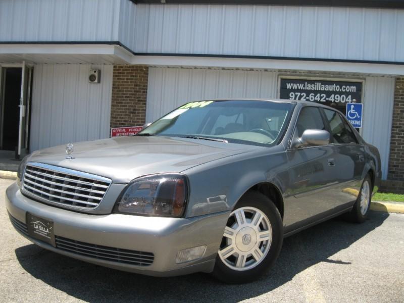 Cadillac DeVille 2004 price $3,300 Cash