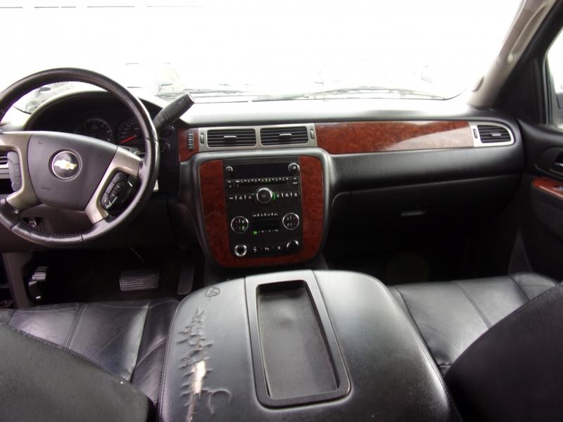 Chevrolet Avalanche 2011 price $8,300 Cash