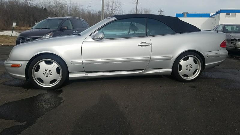 Mercedes-Benz CLK-Class 2002 price $5,450