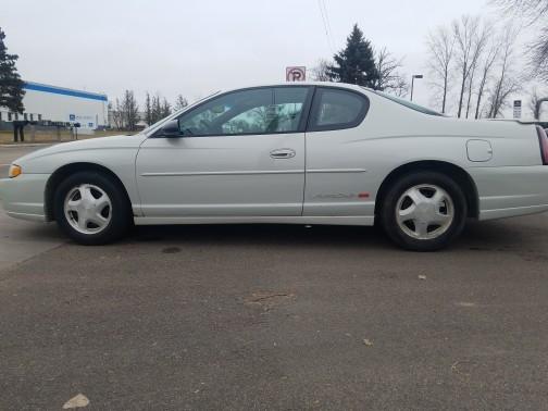 Chevrolet Monte Carlo 2003 price $2,850