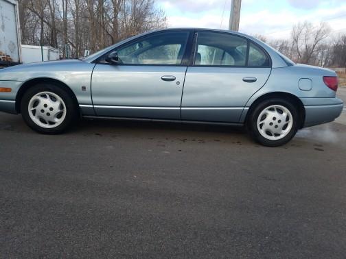 Saturn SL 2002 price $1,850