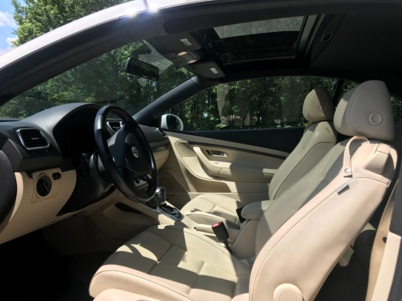 Volkswagen Eos 2008 price $5,599