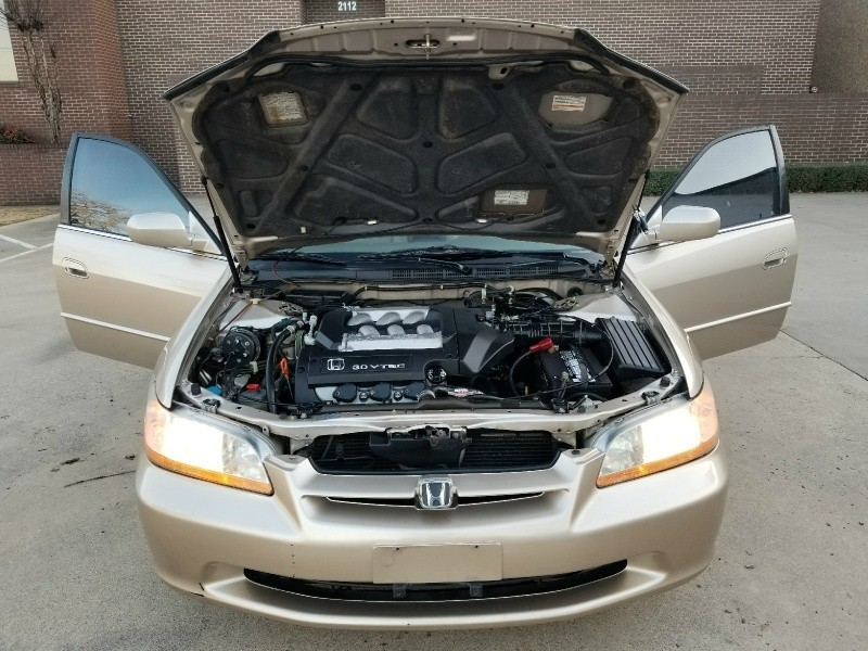 Honda Accord 4dr Sdn EX Auto V6 W/Leather 2000