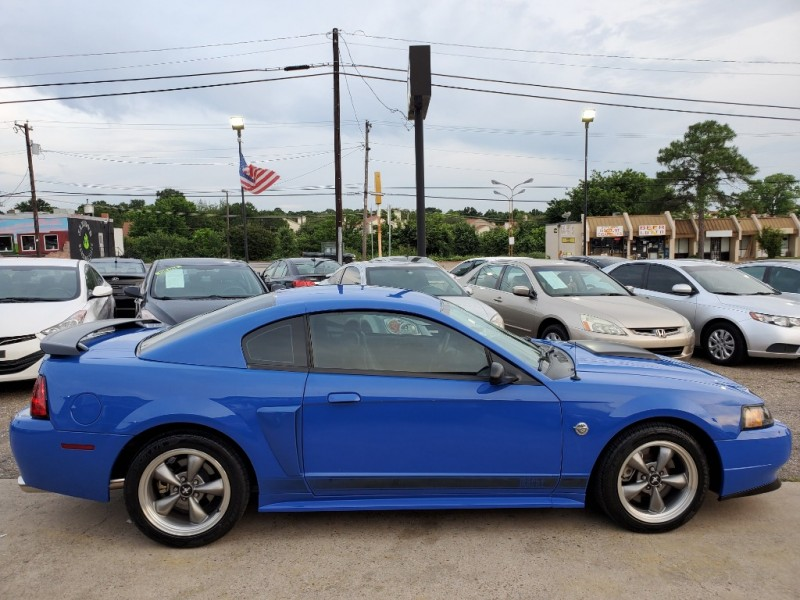 Ford Mustang 2004 price $11,900