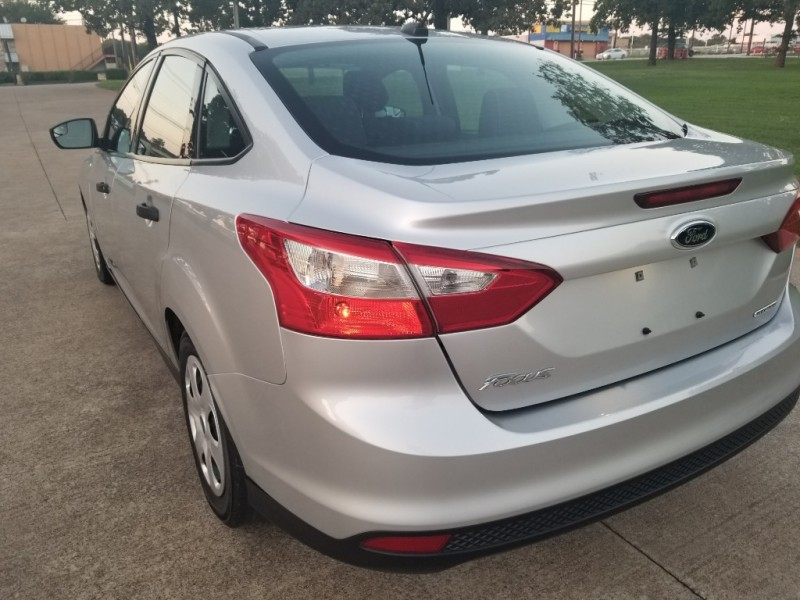 Ford Focus 2014 price $6,700