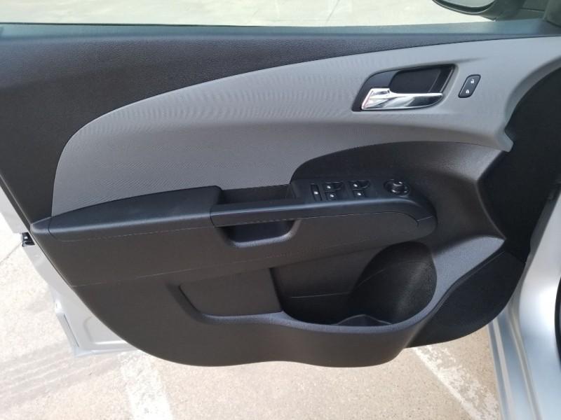 Chevrolet Sonic 2015 price $7,200