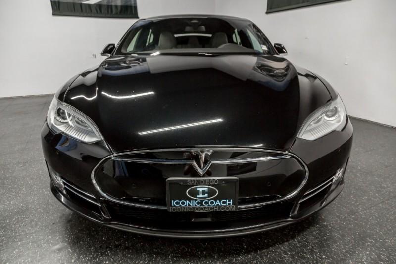 Tesla Model S 85D AWD Sedan 2015 price $45,999
