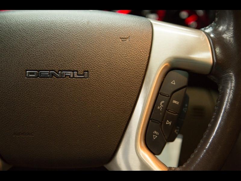 GMC Acadia *Denali* 2013 price $16,999