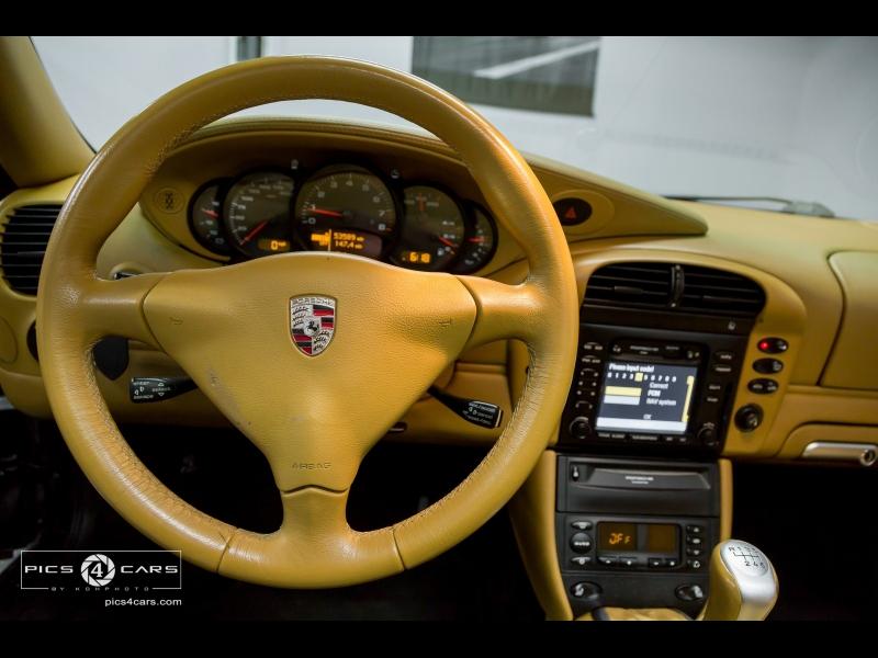 Porsche 911 Carrera 2002 price $20,888