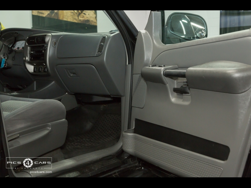 Ford 2005 Ford Explorer Sport Trac XLS 2005 price $5,999