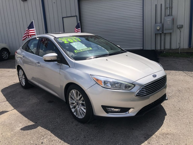 FORD FOCUS 2017 price $14,995