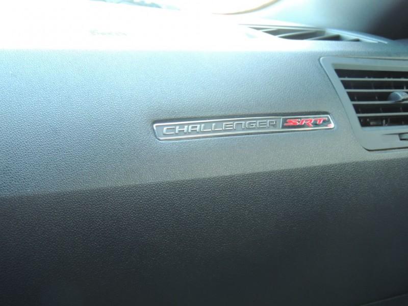 DODGE CHALLENGER 2009 price $15,995
