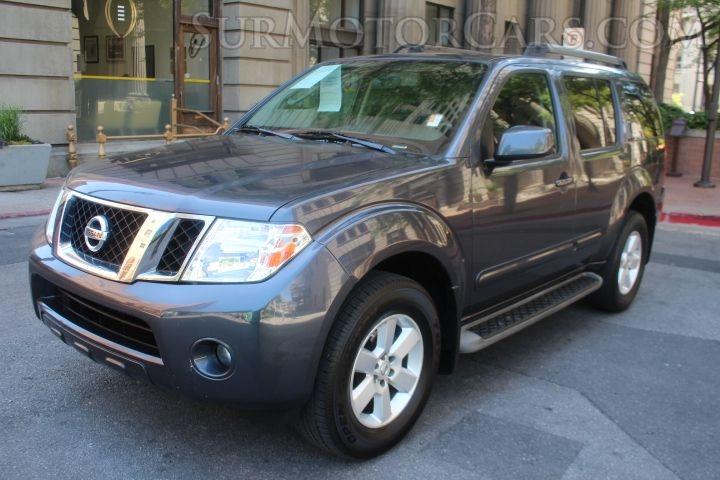 Nissan Pathfinder 2011 price $9,900