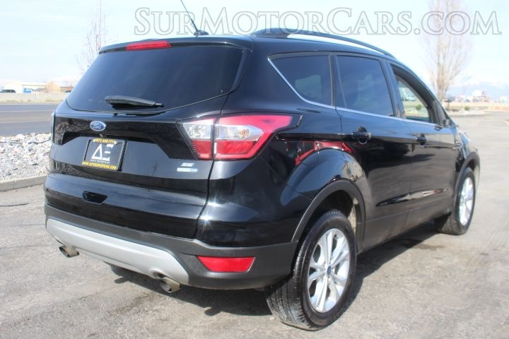 Ford Escape 2018 price $3,950