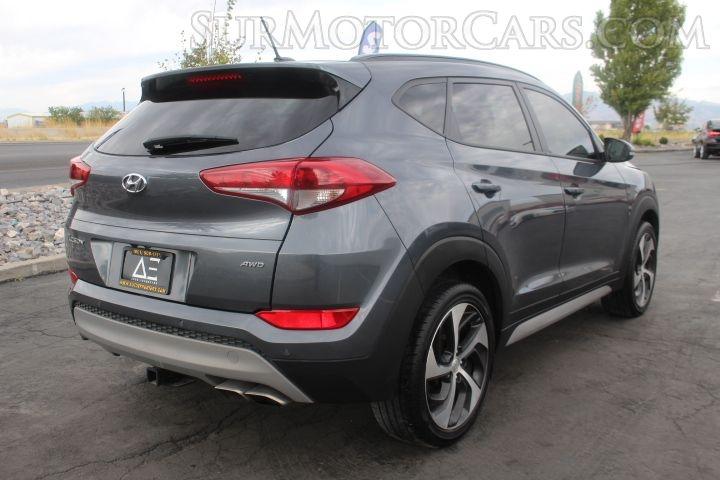Hyundai Tucson 2017 price $9,950