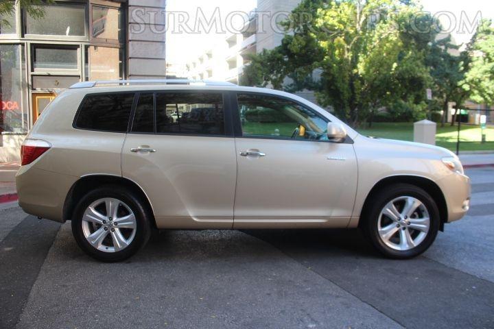 Toyota Highlander 2008 price $10,990