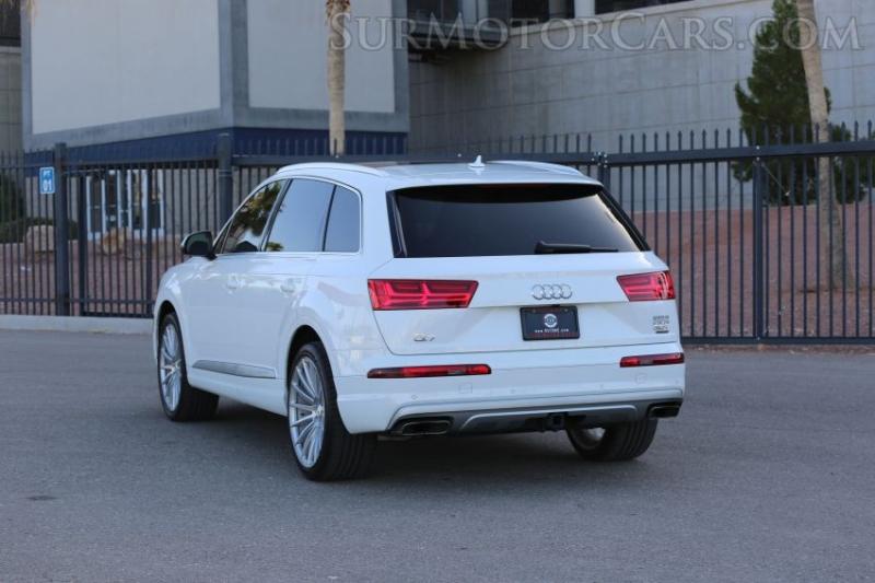 Audi Q7 2017 price $37,950