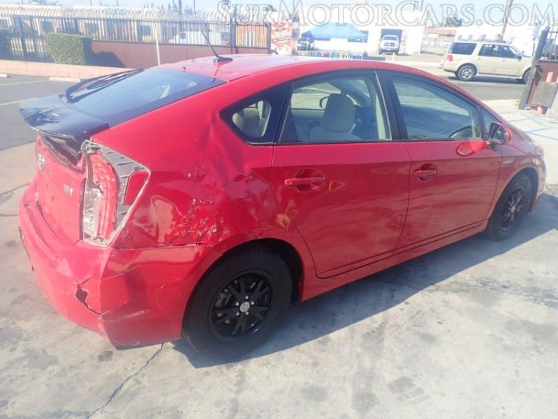 Toyota Prius 2015 price $7,950