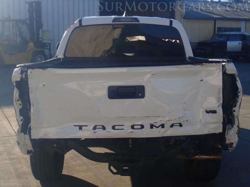 Toyota Tacoma 2019 price $15,950
