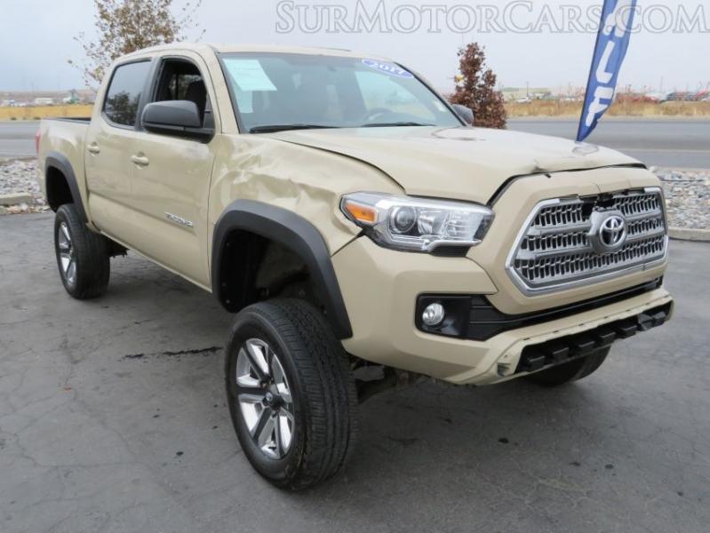Toyota Tacoma 2017 price $15,950