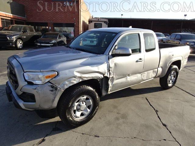 Toyota Tacoma 2017 price $10,950